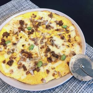 ドライカレーなどなど 残りで卵ピザ