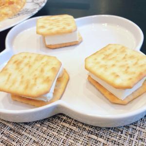 クリームチーズのクラッカーサンド