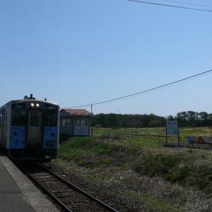 今朝の花咲線始発列車と30周年くしろ湿原ノロッコ号