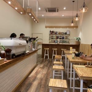 日本人経営のカフェ 花カフェ(Hana Cafe+Bar)プーケット