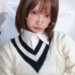 【画像】中国人巨乳JK(17)「沖田総司のコスプレしたヨ!」日本人「エッッッッッッ」