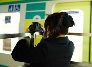 【悲報】女子鉄さん、撮り鉄から3万円を請求される
