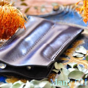 革の宝石ルガトー・L型財布と2本差しペンケース・時を刻む革小物