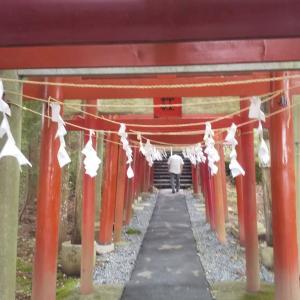 金運の神様、新屋山神社(あららやまじんじゃ)