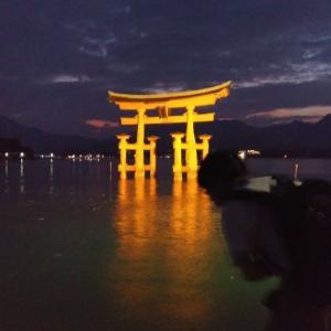 幽玄な誘い。『厳島神社』