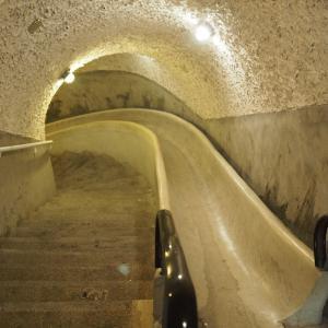 宿泊者以外も参加できる!圓山大飯店の地下トンネルツアー!