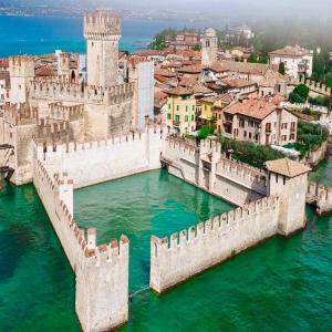 GROTTE DI CATULLO 古代ローマ詩人 カトゥッロが愛した温泉保養地 シルミオーネ