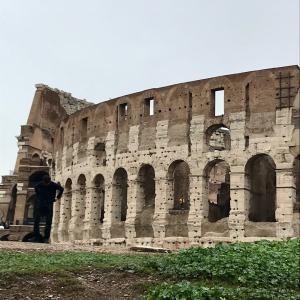 COLOSSEO トイレの神様 ヴェスパシアヌス帝が建設開始 ローマコロッセオ闘技場