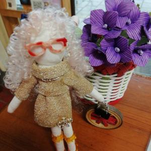 人形作っていました