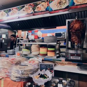 Jean Talonのメキシカン『EL Rey Del Taco』& 『Cafe Saint-Henri』