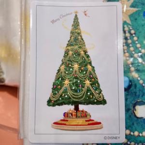 ディズニー・クリスマス2020 ツリーデザインのタペストリー&ミッキーのランタン☆