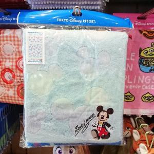 ミッキーシェイプとハート織りが可愛い♡ミッキー・ミニーのバスタオル新発売!