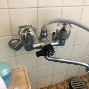 シャワー栓の交換で驚くほどの使いやすさに!