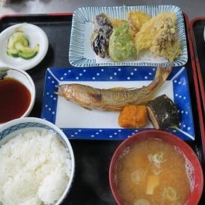 明日から新そば、秋定食は天然アユと秋野菜の天ぷらが付く
