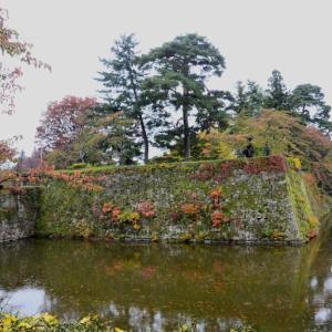 福島県 会津磐梯山紅葉の旅-4 鶴ケ城(会津若松城)