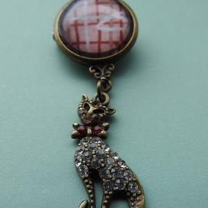 Week 332 - Glass Cabochon Brooch with Hanging Cat