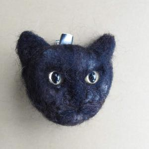 Week 326 - Felted Cat Face Brooch, Annie