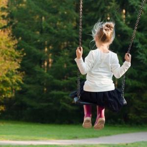 潜在意識の思い込みは生まれ育った環境から作られる。