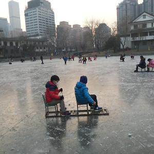 椅子ソリ@団結湖公園