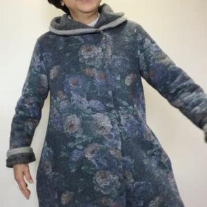 服を作っているときはとても幸せです🍀
