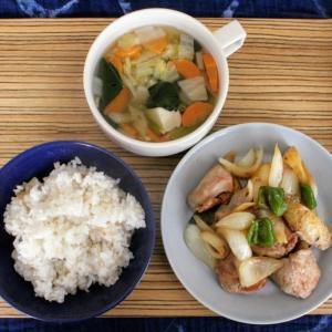 チキンのガーリックバター炒め と 豆腐と野菜のスープ。