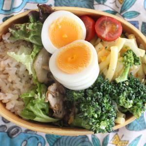 バジルポークソテー と 卵とブロッコリーのマカロニサラダ。