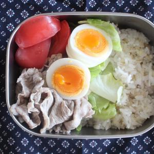 牛しゃぶサラダ~和風マヨだれ~ と お野菜オムレツ。
