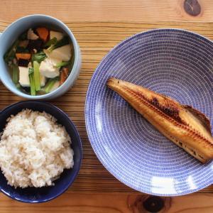 しまほっけのたまり醤油干し と 豆腐の五目うま煮。