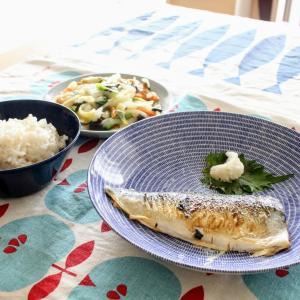 さばの塩焼き と 五目揚げと白菜のとろみ炒め。