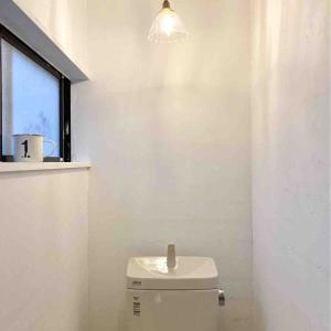 新居リノベ~2階トイレのCF貼り*
