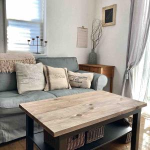 IKEAのプチプラテーブルを簡単リメイク*
