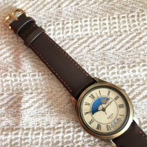 マステミラーデコ・古い腕時計