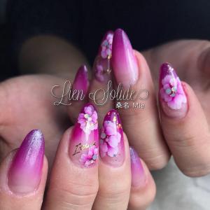 エアブラシと手描きの花