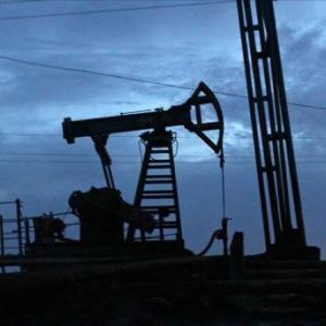 石油、あと10年ではなくならない模様。イランで大油田発見