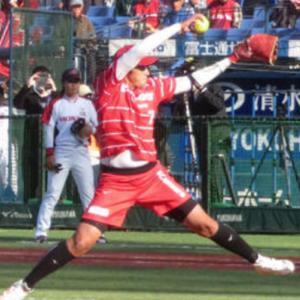 ソフト上野由岐子(37)さん、ダブルヘッダー2試合に先発し計271球完投勝利