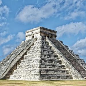 マヤ文明「2012年に世界は滅亡する」ワイ「嘘やろ・・・!?」