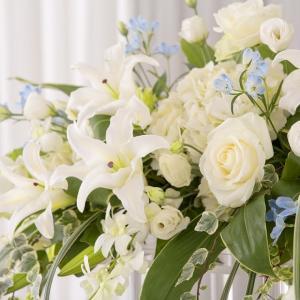 たくさんの花と愛に囲まれて