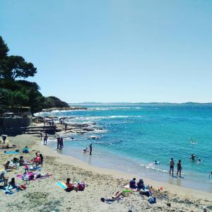 Plage du Pradon a Carqueiranne カルケランヌのビーチ@南フランス