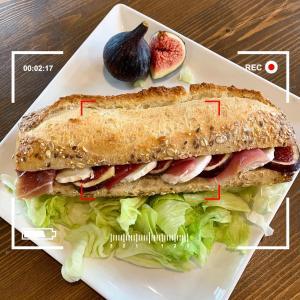 Sandwich spécial figue@la relève par Denis Matya