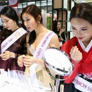【悲報】韓国人「Kビューティーは嘘だった‥」日本化粧品が韓国化粧品より海外では高級だと認識されていた 韓国の反応