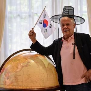【日本崩壊】ジム・ロジャーズ「安倍は辞任しろ」「狂った事は止めろ」「日本は墜落しているので、これから発展する韓国を攻撃している」 韓国の反応