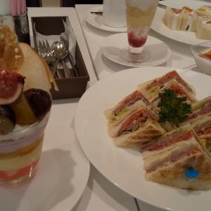 高野フルーツで贅沢ランチ&カフェ