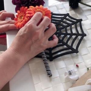 楽しいハロウィン飾りを作ってみよう  レッスンより