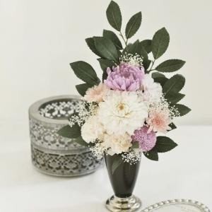 ダリアや菊のお仏花