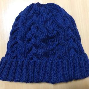 完成!~アメリーでケーブル模様の帽子