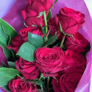 赤薔薇の花束・・・