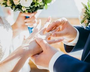 コラボ大宮同士で去年ご成婚された、元会員様がお2人で訪問してくれました