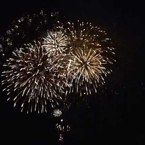 池田と内海でサプライズ花火