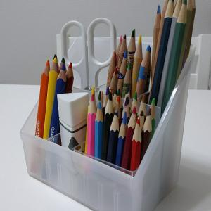 【キャンドゥ】すっきり片付いて使いやすい!色鉛筆の収納方法。