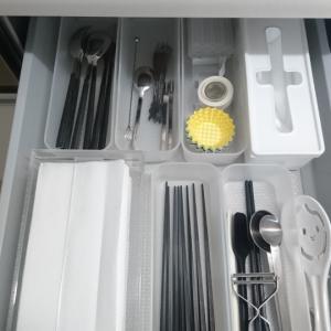 パーツを買い換えて使いやすくなったキッチンペーパー収納。
